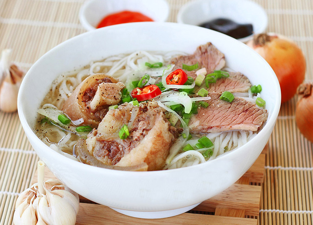 Top 8 Must-Try Foods in Hanoi - Pho