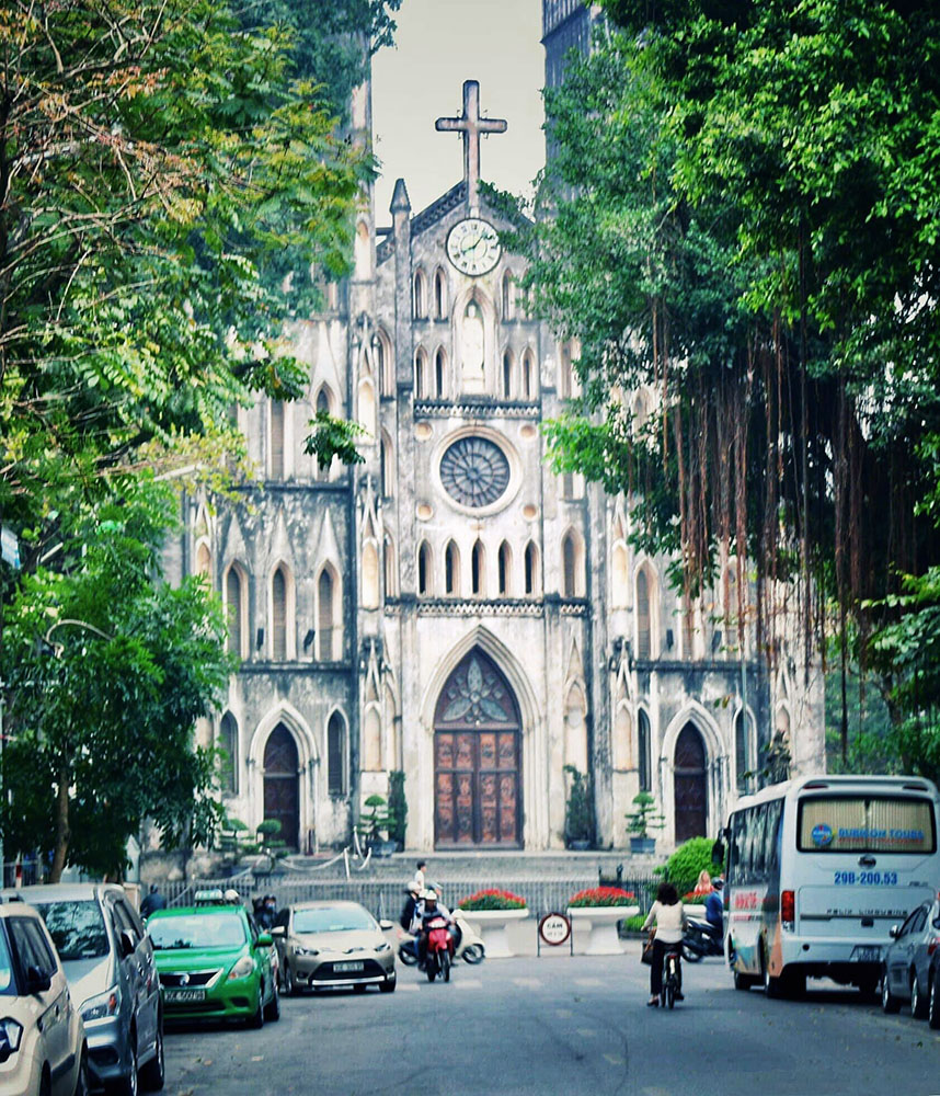 Top 12 must-visit attractions in Hanoi - St. Joseph's Cathedral