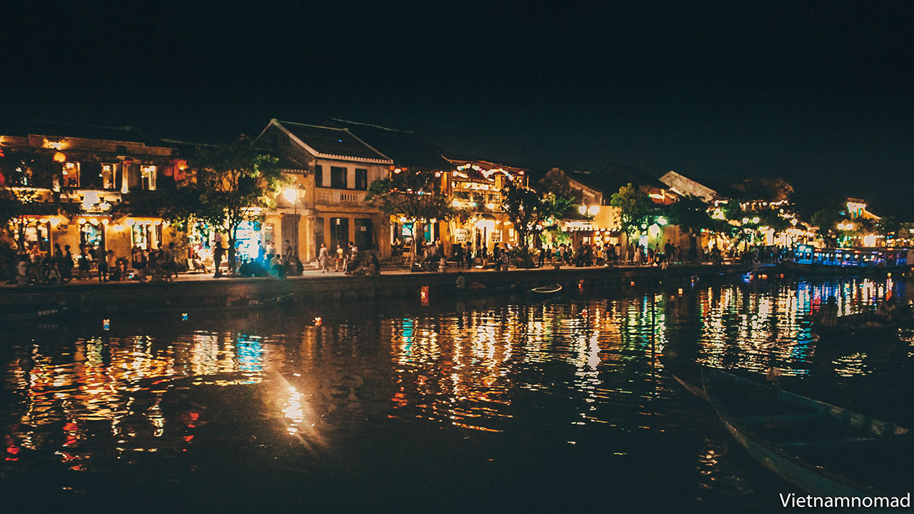 The best time to visit Hoi An is
