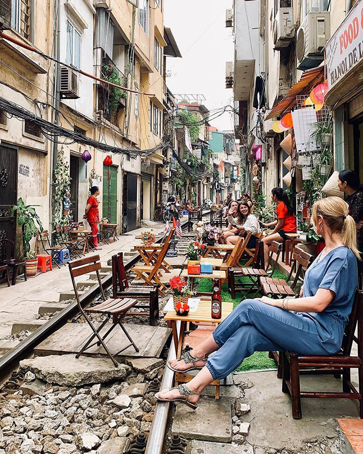 Top 12 must-visit attractions in Hanoi - Train Street