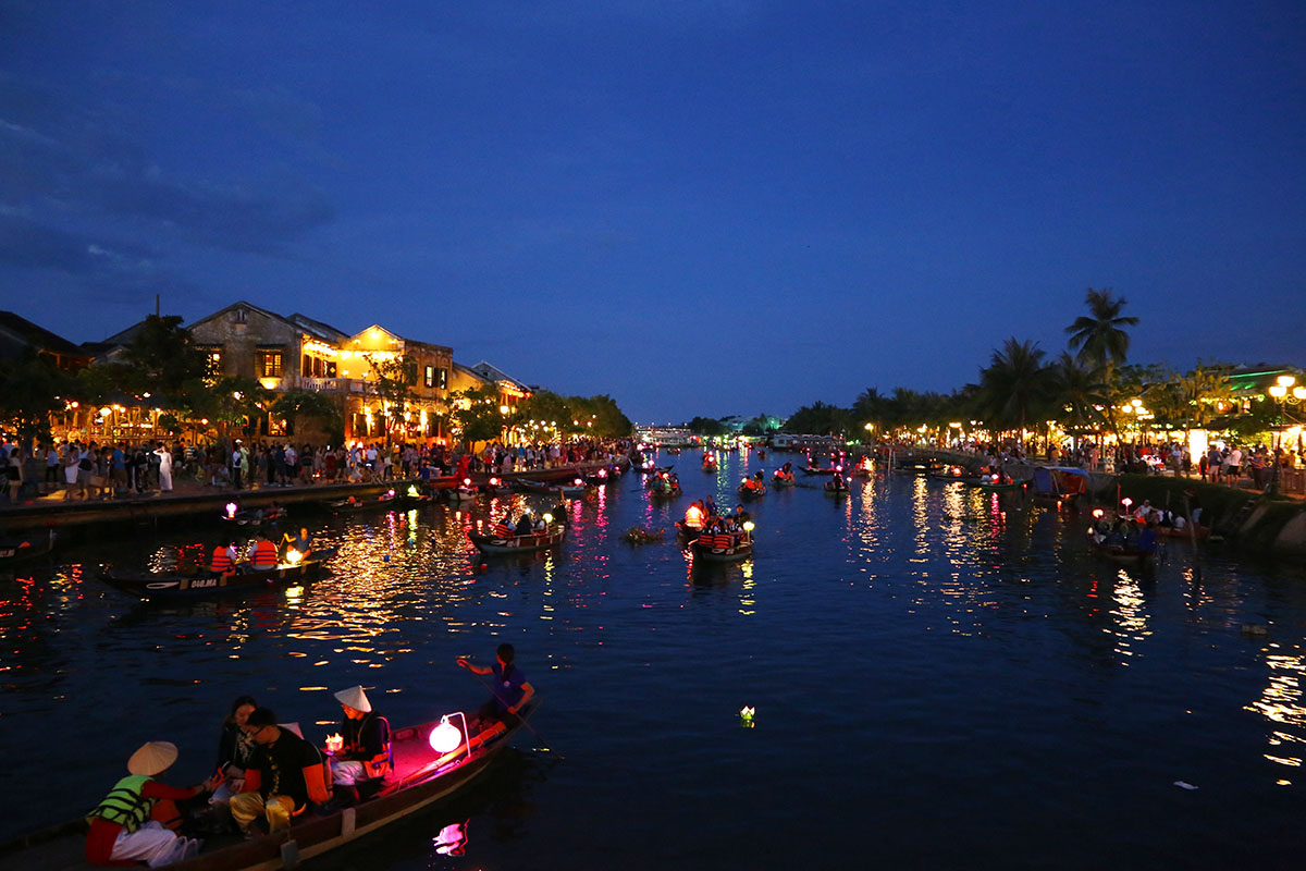 TOP 8 MUST-VISIT ATTRACTIONS IN HOI AN