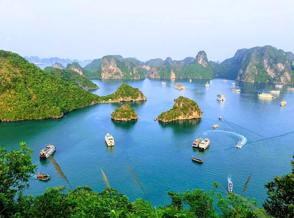 Top 10 places to visit in Vietnam - Halong Bay