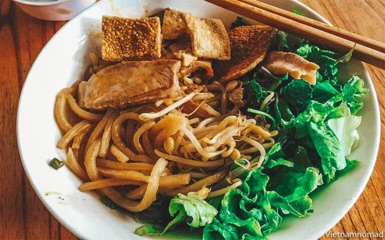 Top 15 Vietnamese Food - Cao Lau