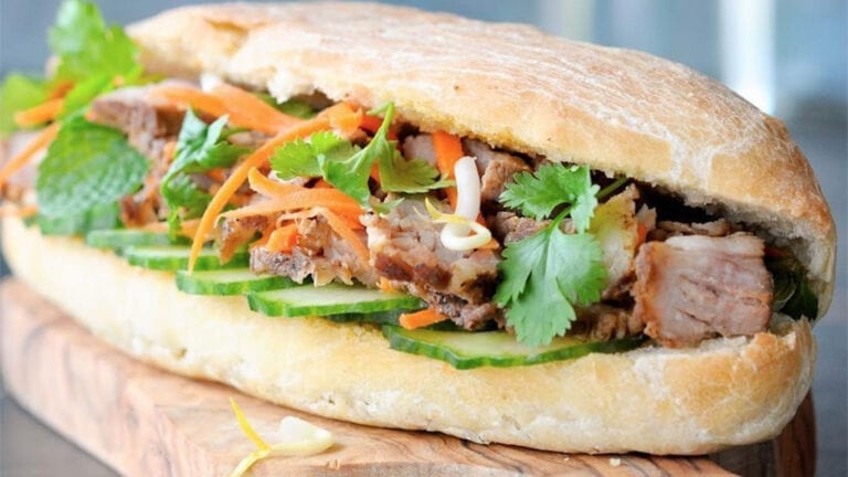 Top Vietnamese food - Banh Mi