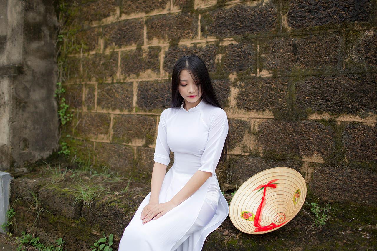 Ao Dai Vietnam today